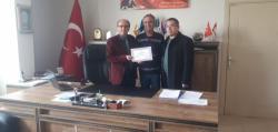 Kulu'da emekli öğretmene hizmet şeref belgesi