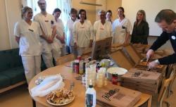 İsveç'te Konyalı pizzacı sağlıkçıların kalbini kazandı