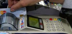 Bankalar Kart Aidatı İçin Lobiye Başladı